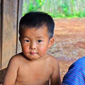 little-boy-Laos